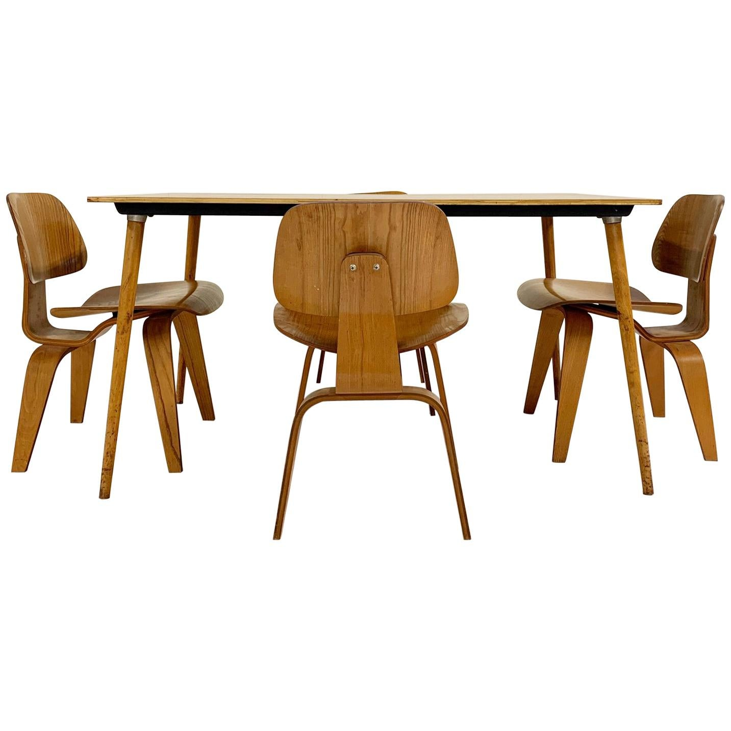 1950 Charles and Ray Eames for Herman Miller DTW-3 Table and Set of 4 DCW Chairs