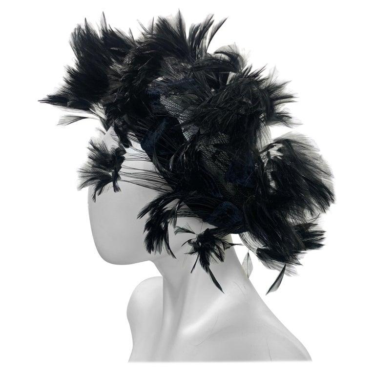 1950 Christian Dior Chapeaux Black Feather Turban W/ Velvet Applique Details For Sale