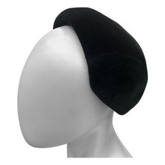 "1950 Christian Dior Made In France Fine Black Felt Capulet Hat ""New Look"" Design"