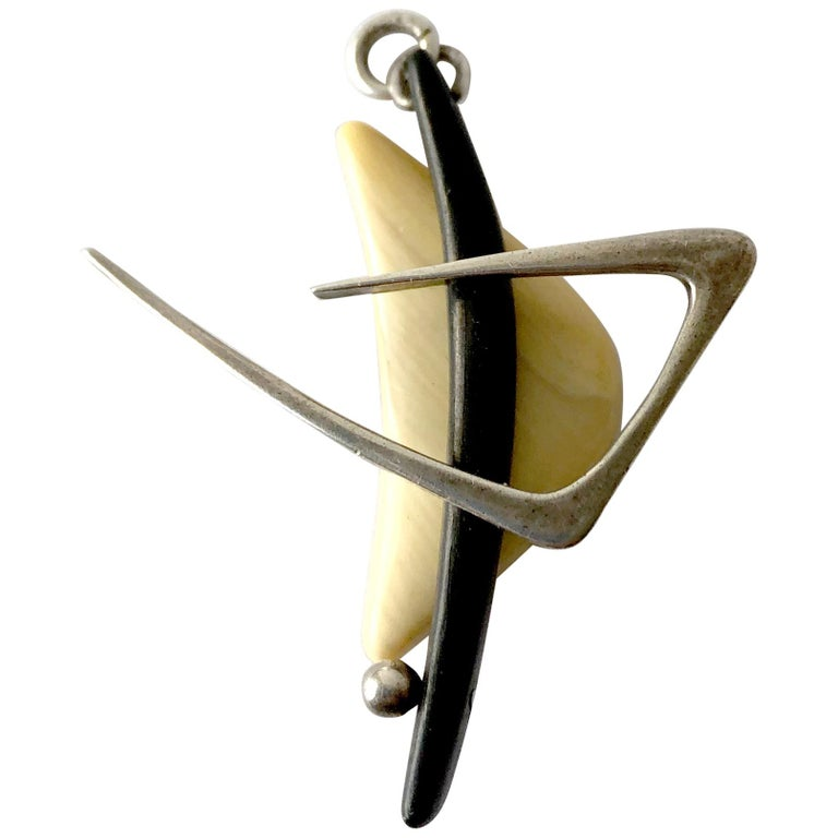 1950 Everett MacDonald Sterling Silver Wood American Modernist Boomerang Pendant For Sale