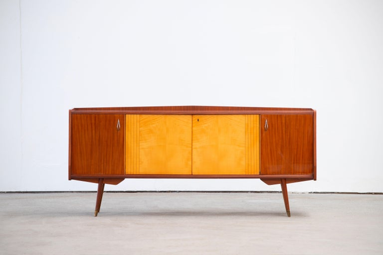 1950 French Credenza in Walnut and Maple For Sale 6