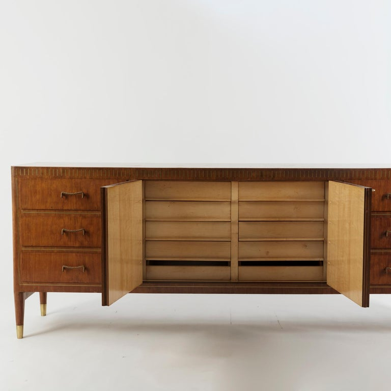 1950 inlaid Giovanni Gariboldi custom sideboard manufactured in Turin by Colli. This museum piece was made for a private commission and has the iconic Gariboldi distinctive inlay work on the front, superior construction quality, sycamore internal