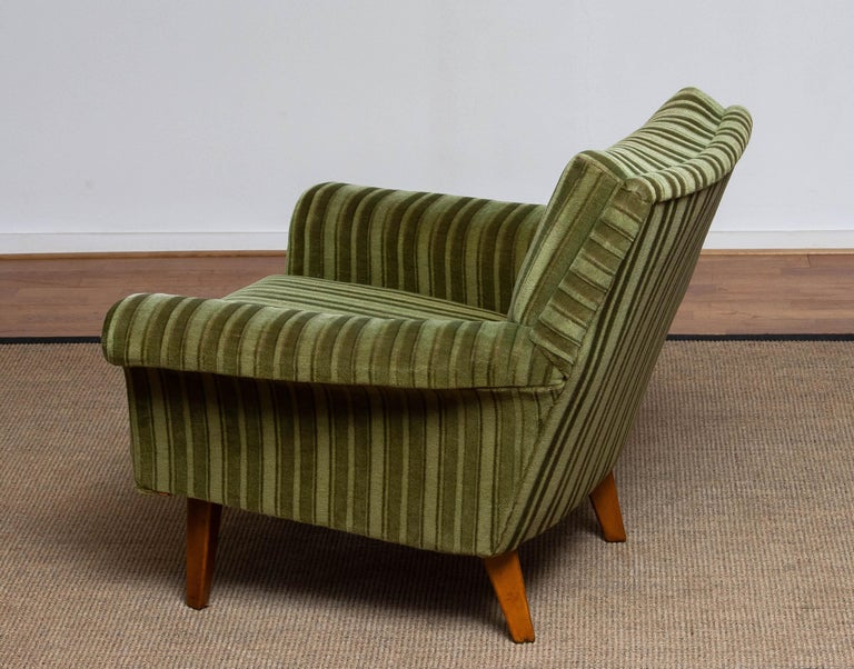 Mid-20th Century 1950s Italian Green Striped Velvet Lounge / Easy / Club Chair with Beech Details