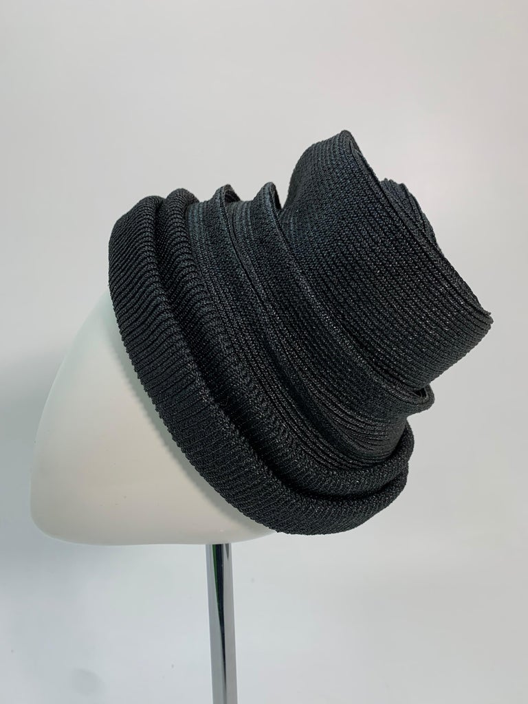 1950 John Frederics Black Straw Avant Guarde Sculpted Hat  In Excellent Condition For Sale In San Francisco, CA