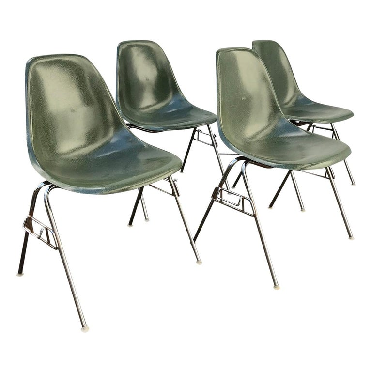 1950 Ray Charles Eames For Herman Miller Set Dss Fibergl Stacking Chairs