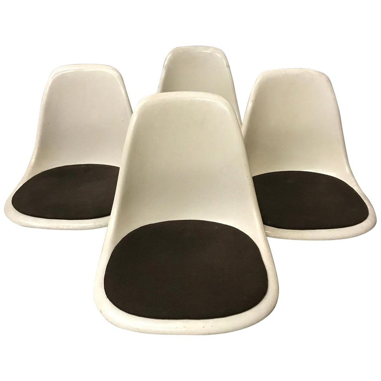 1950 Ray & Charles Eames, Miller, Set Dss Fiberglass Chairs & Original Cushions For Sale