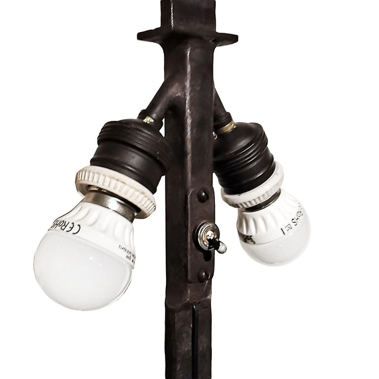 1950s Pair of Table Lamps, Wrought Iron, Parchment, Barcelona For Sale 5