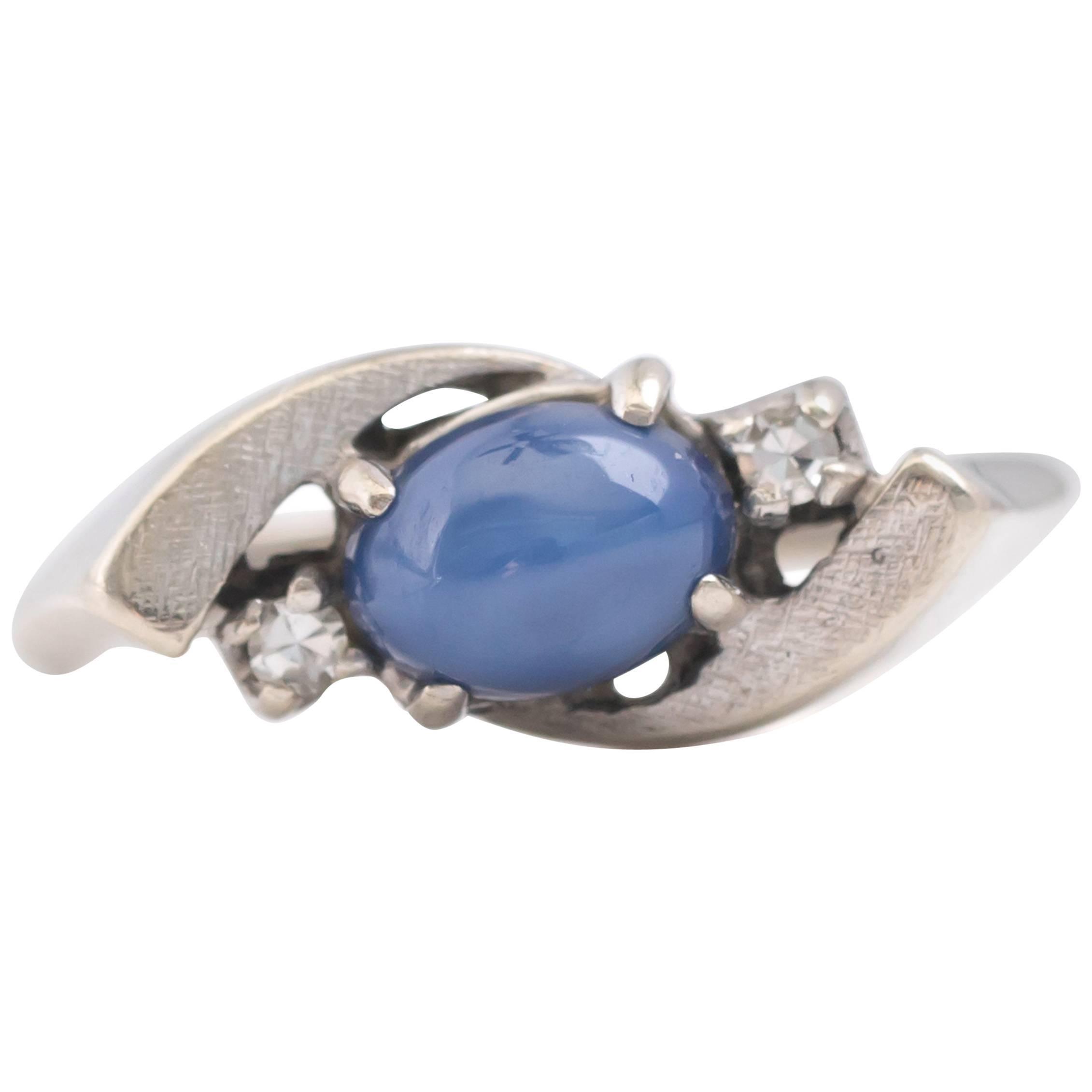 14 kt White Gold Radiant Cut 1.25 ct Blue Sapphire Pendant