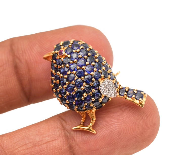 Women's or Men's 1950s 1 Carat Sapphire Bird with Ruby and Diamond Accents Pin Brooch For Sale