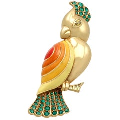 1950s 1.05 Carat Emerald and Sapphire Enamel and Yellow Gold Bird Brooch