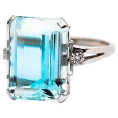 1950s 12 Carat Aquamarine and Diamond Ring, 14 Karat Gold