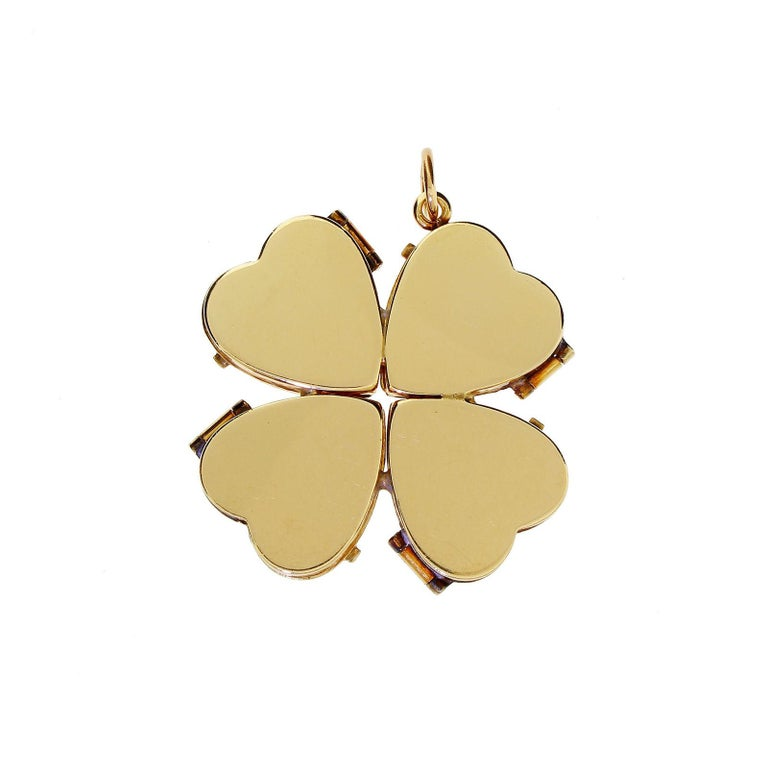 1950s 14k Gold Ruby Four Leaf Clover Love Heart Photo Locket Pendant Large 18+G In Good Condition For Sale In Lauderdale by the Sea, FL