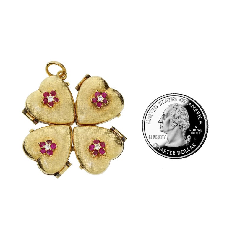 Women's or Men's 1950s 14k Gold Ruby Four Leaf Clover Love Heart Photo Locket Pendant Large 18+G For Sale