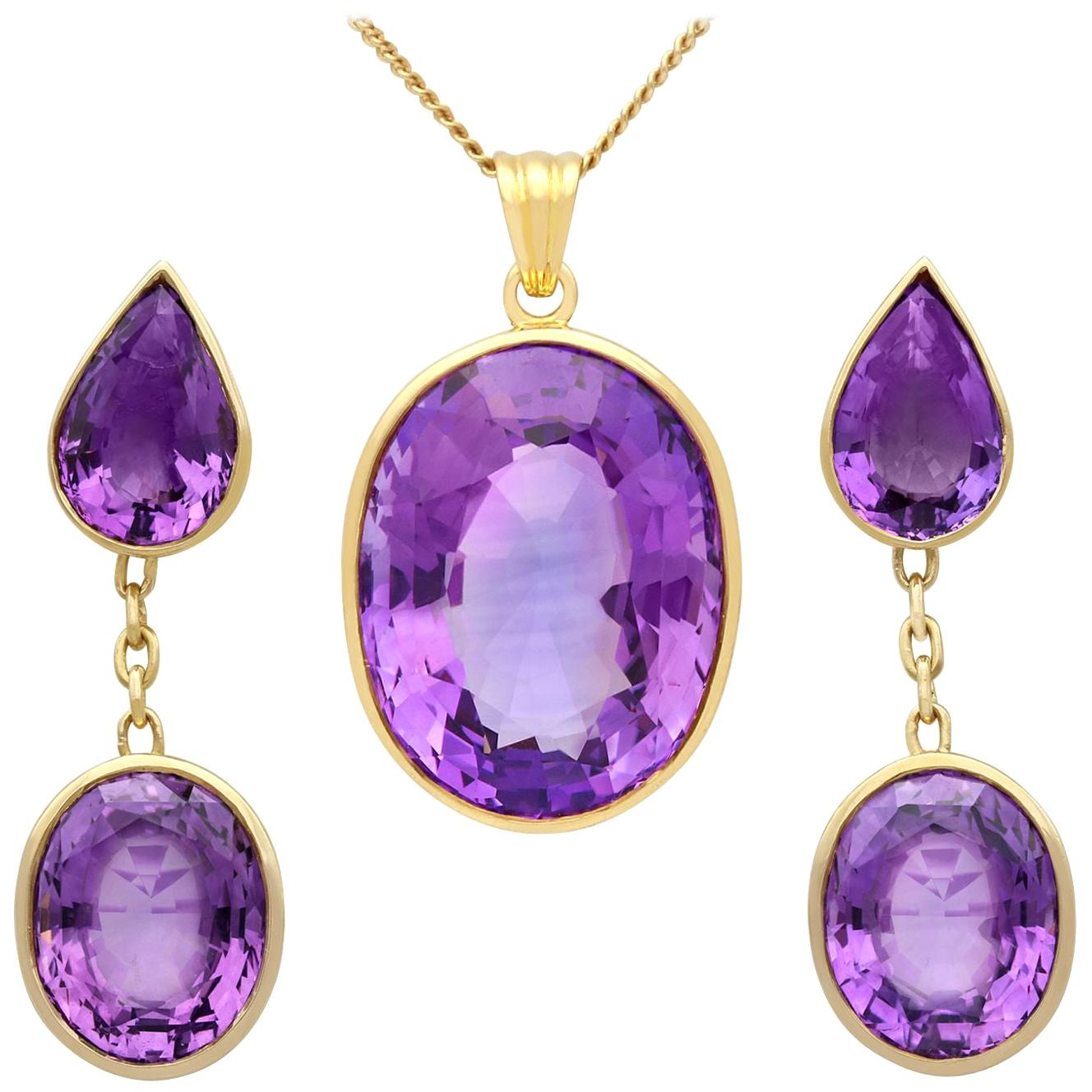 1950s 42.91 Carat Amethyst and Yellow Gold Earring and Necklace Set