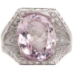 1950s 5.5 Carat Kunzite and 0.60 Carat Diamond 18 Karat White Gold Ring