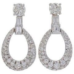 1950s 7 Ct Diamond Drop Cocktail Earrings Platinum with 2 Ct Solitaire Diamond