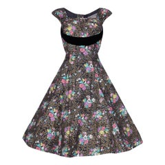 1950s A Dorn Model Rose Print Cotton Dress With Black Velvet Bow