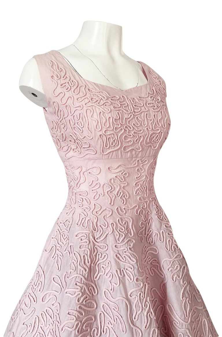 1950s Adele Simpson Pink Cotton Dress w Hand Applique Cording Detail For Sale 5