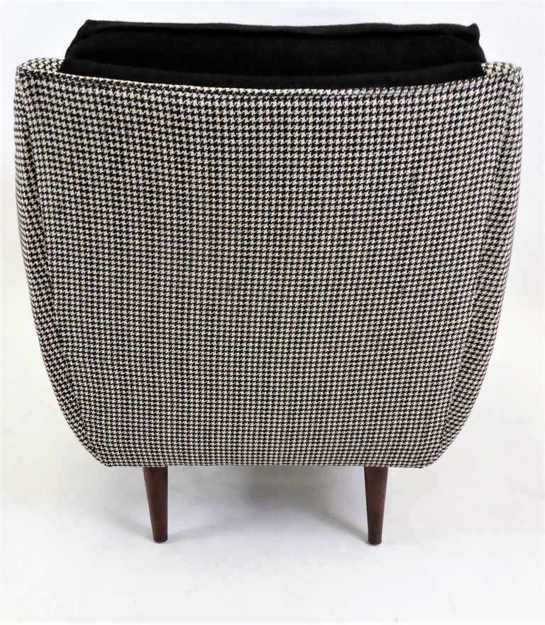 1950s Adrian Pearsall Lounge Armchair in Houndstooth For Sale 3