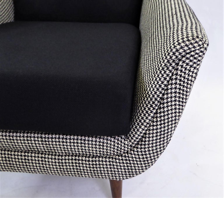 1950s Adrian Pearsall Lounge Armchair in Houndstooth For Sale 5
