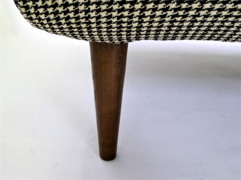 1950s Adrian Pearsall Lounge Armchair in Houndstooth For Sale 8