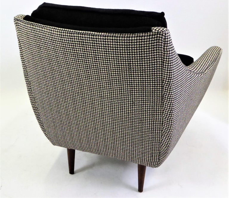 1950s Adrian Pearsall Lounge Armchair in Houndstooth For Sale 2
