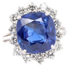1950s AGL 9.75 Carat Ceylon No Heat Sapphire Diamond 18 Karat Gold Ring