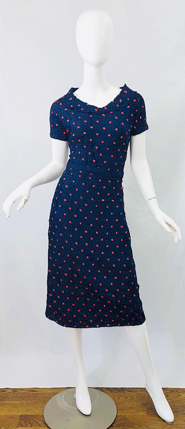 1950s Ann Fleischer for I Magnin Hand Ribbon Knit Navy Blue + Red Vintage Dress For Sale 8