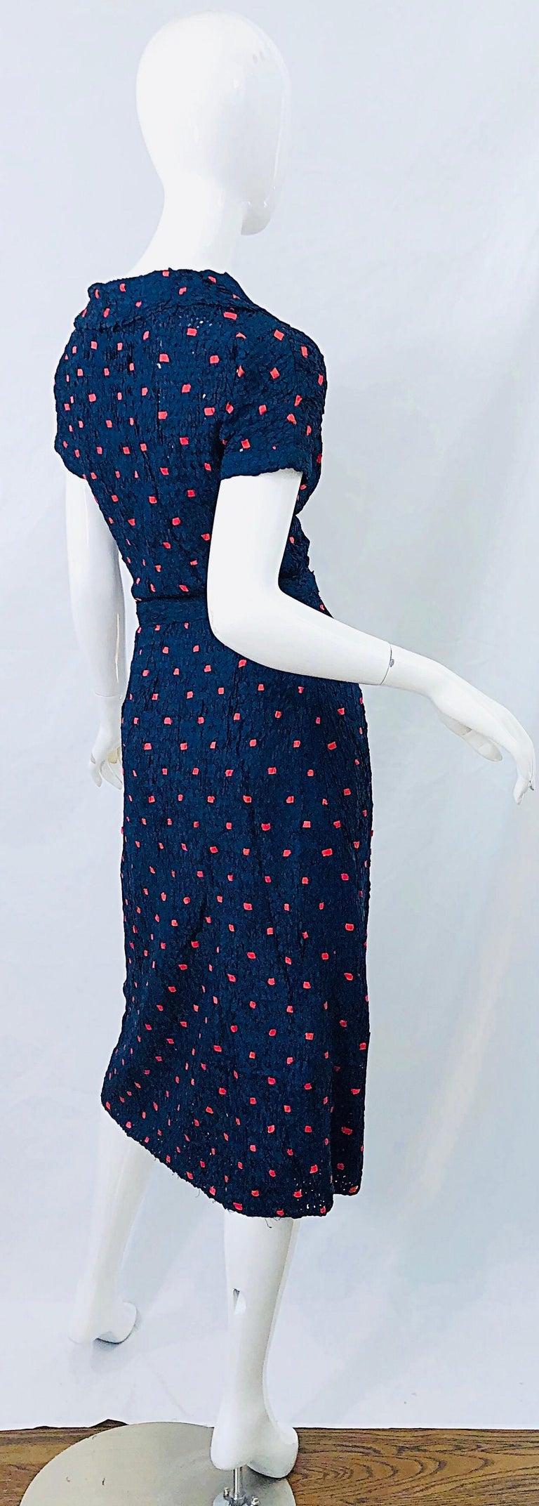 Women's 1950s Ann Fleischer for I Magnin Hand Ribbon Knit Navy Blue + Red Vintage Dress For Sale