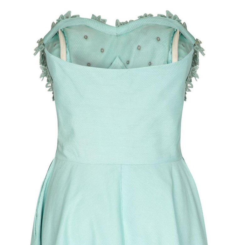1950s Aquamarine Textured Cotton Dress With Floral Rhinestone Applique In Excellent Condition For Sale In London, GB
