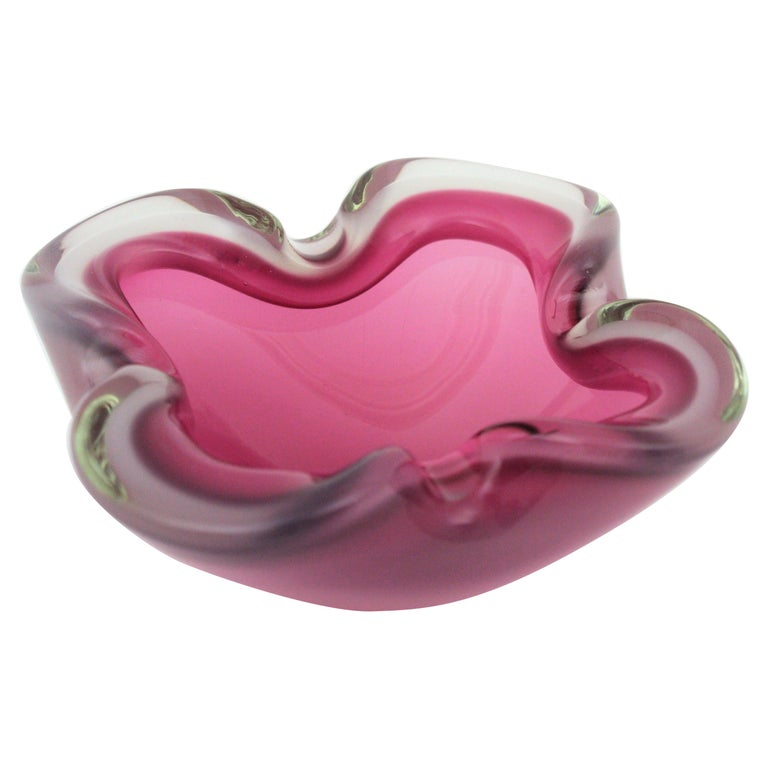 Archimede Seguso Murano Opal White & Pink Alabastro Glass Flower Bowl, 1950s For Sale