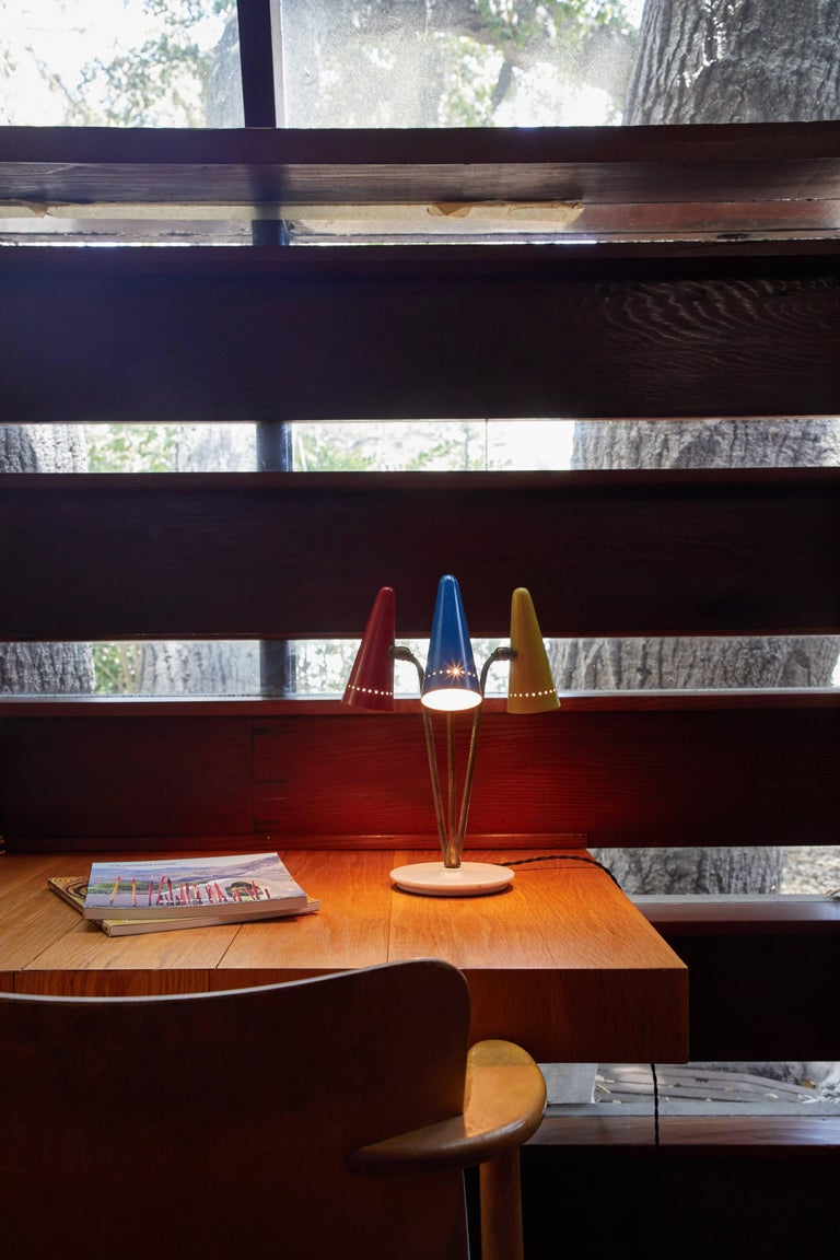 Mid-20th Century 1950s Arteluce Tricolore Table Lamp For Sale
