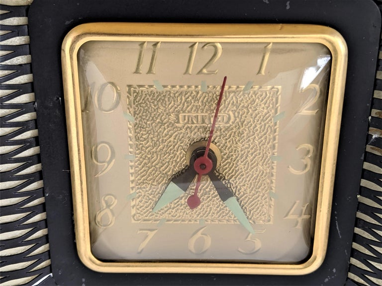 1950s Atomic Lighted Electric TV Clock by United, USA For Sale 2