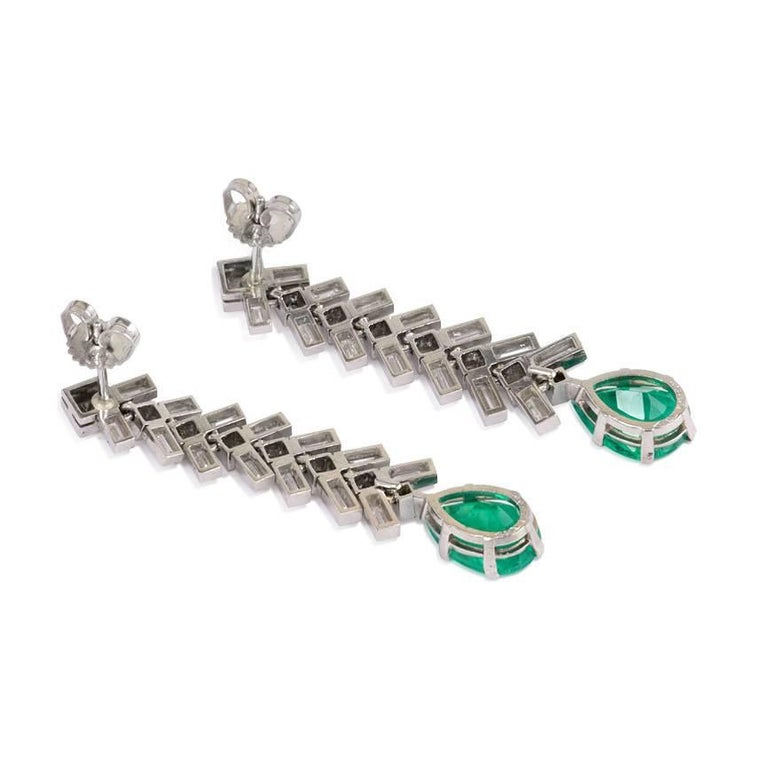 Baguette Cut 1950s Baguette Diamond and Pear-Shaped Emerald Earrings in Platinum For Sale