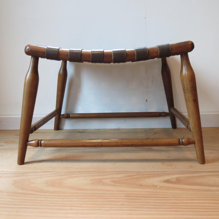 Mid-Century Modern 1950s Beechwood and Brown Leather Strap Wooden Stool For Sale