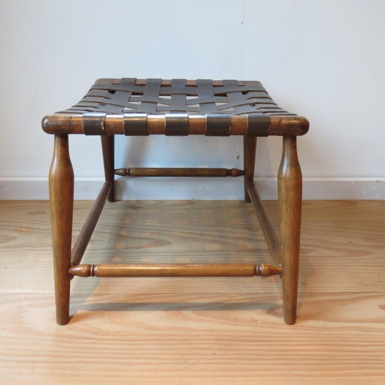 1950s Beechwood and Brown Leather Strap Wooden Stool In Good Condition For Sale In Stow on the Wold, GB
