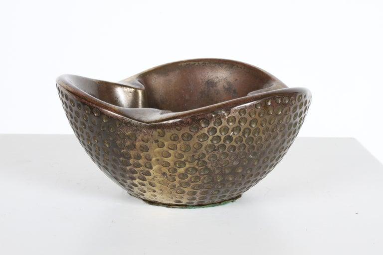 Mid-Century Modern 1950s Ben Seibel Brass Biomorphic Ashtray for Jenfred-Ware For Sale