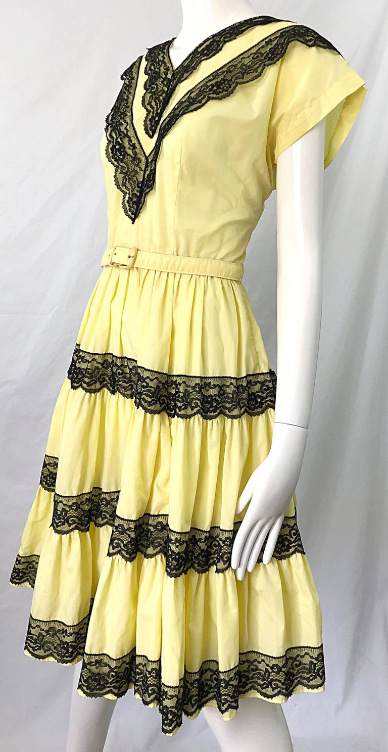 1950s Bettina of Miami Yellow + Black Cotton Lace Fit n' Flare Vintage 50s Dress For Sale 6