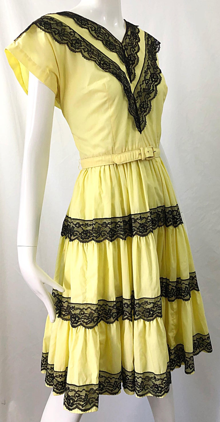 1950s Bettina of Miami Yellow + Black Cotton Lace Fit n' Flare Vintage 50s Dress For Sale 1