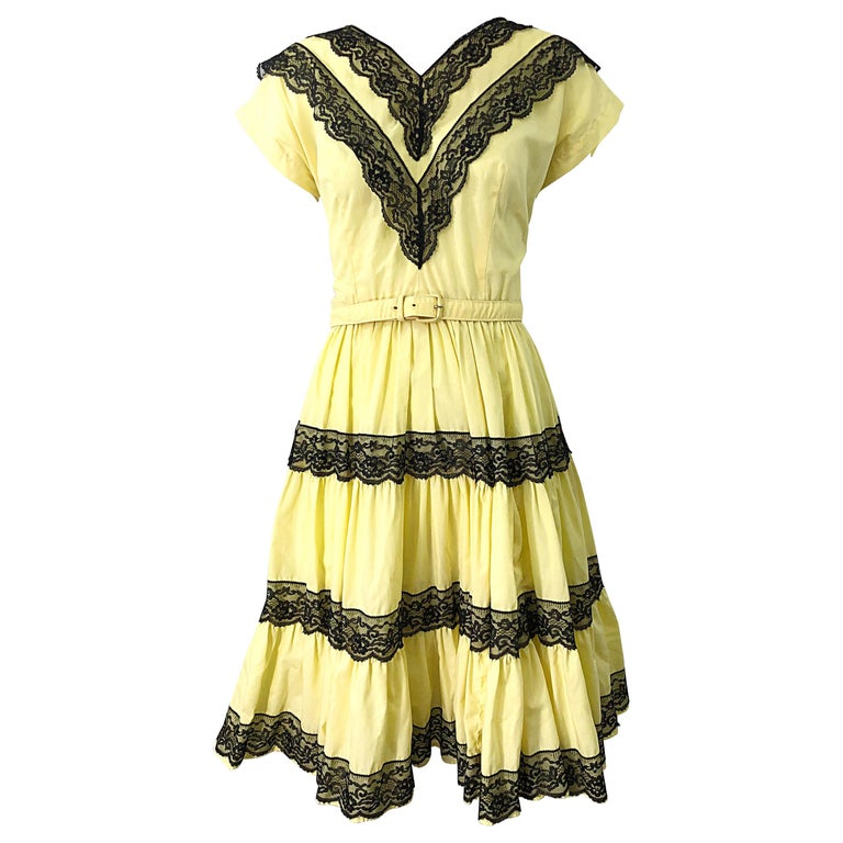 1950s Bettina of Miami Yellow + Black Cotton Lace Fit n' Flare Vintage 50s Dress For Sale