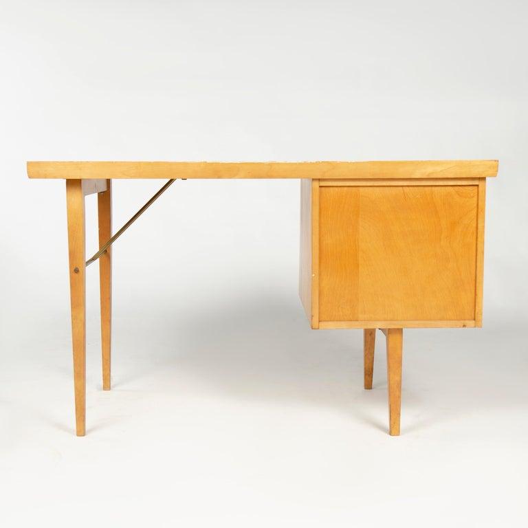 1950s Birch Desk by Milo Baughman for Thayer Coggin In Good Condition In Sagaponack, NY