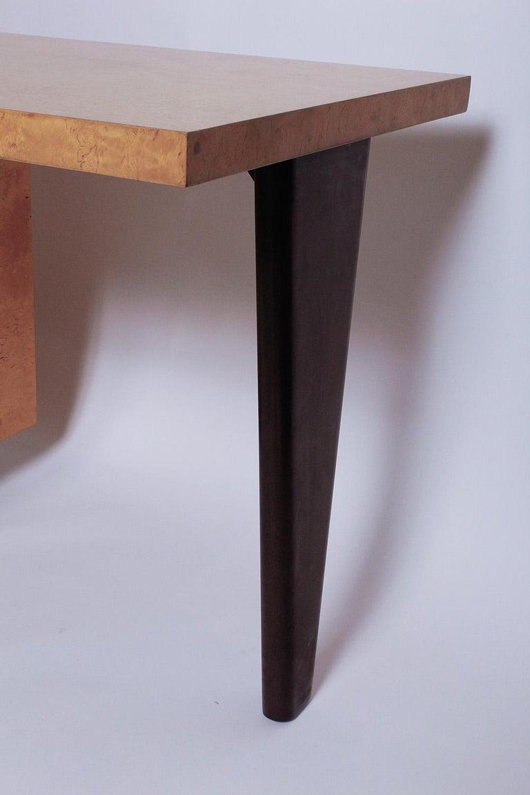 1950s Birdseye Maple Desk by Andrew Szoeke For Sale 4