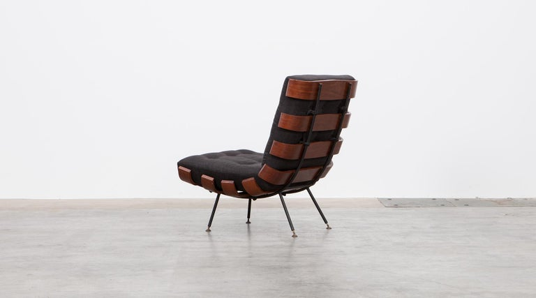 1950s Black and Brown Lounge Chair by Martin Eisler and Carlo Hauner In Excellent Condition For Sale In Frankfurt, Hessen, DE