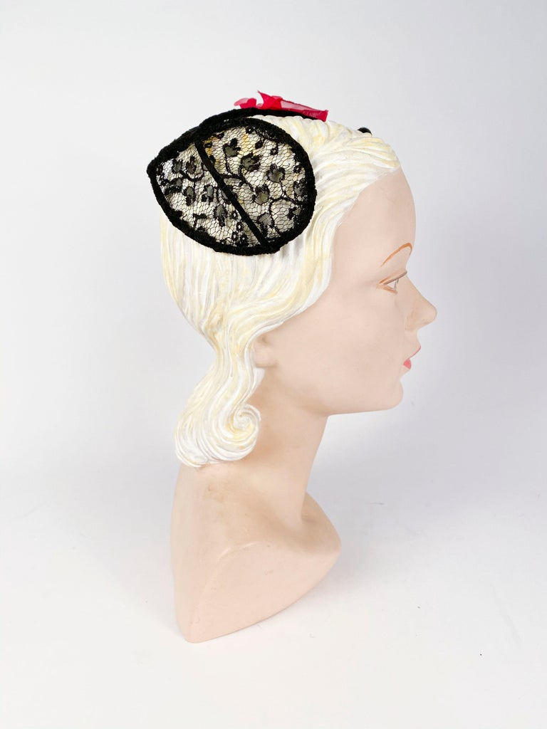 1950s Black Lace Cocktail Hat with Rhinestone and Rose Accents In Good Condition For Sale In San Francisco, CA