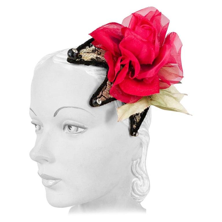 1950s Black Lace Cocktail Hat with Rhinestone and Rose Accents For Sale