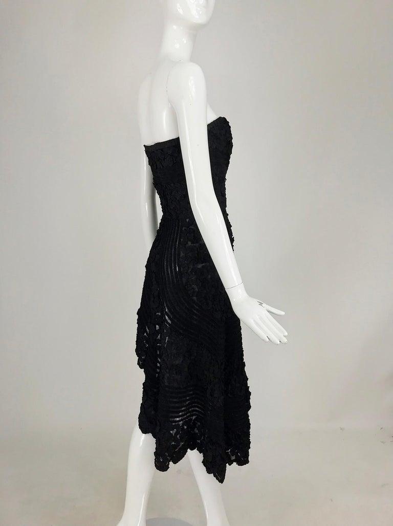 1950s Black Ribbon Work Strapless Asymmetrical Dress  For Sale 3