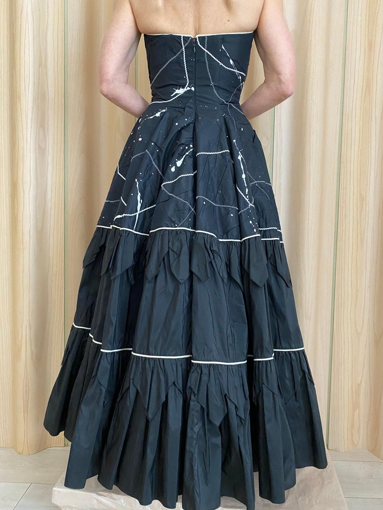1950s Black Strapless Silk Tafetta Cocktail Dress In Excellent Condition For Sale In Beverly Hills, CA