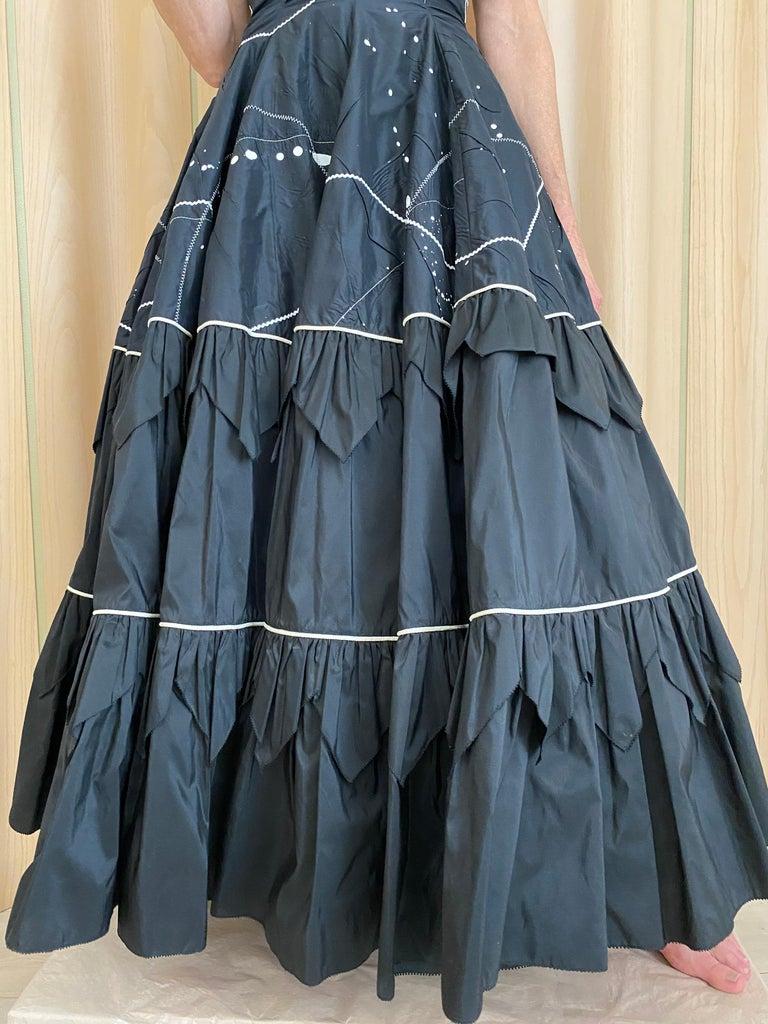 1950s Black Strapless Silk Tafetta Cocktail Dress For Sale 2