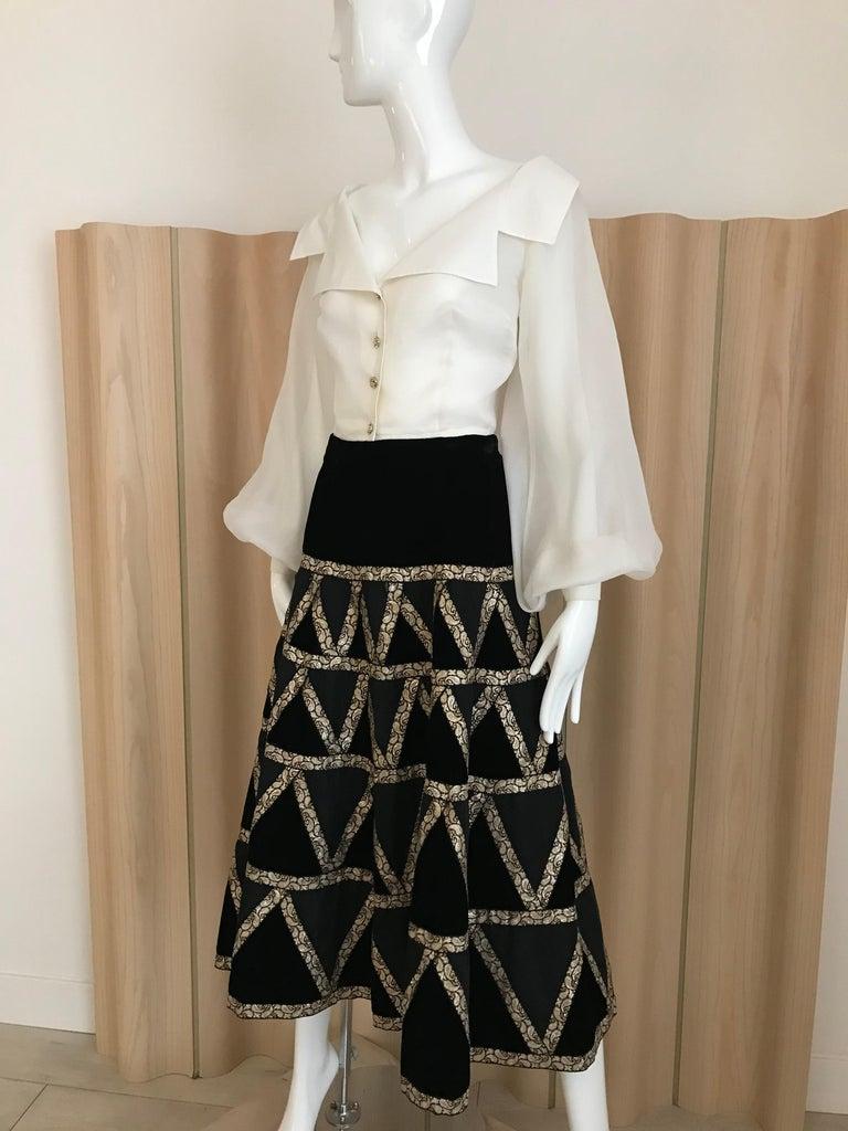 1950s Black Velvet and Gold Cocktail Skirt For Sale 1