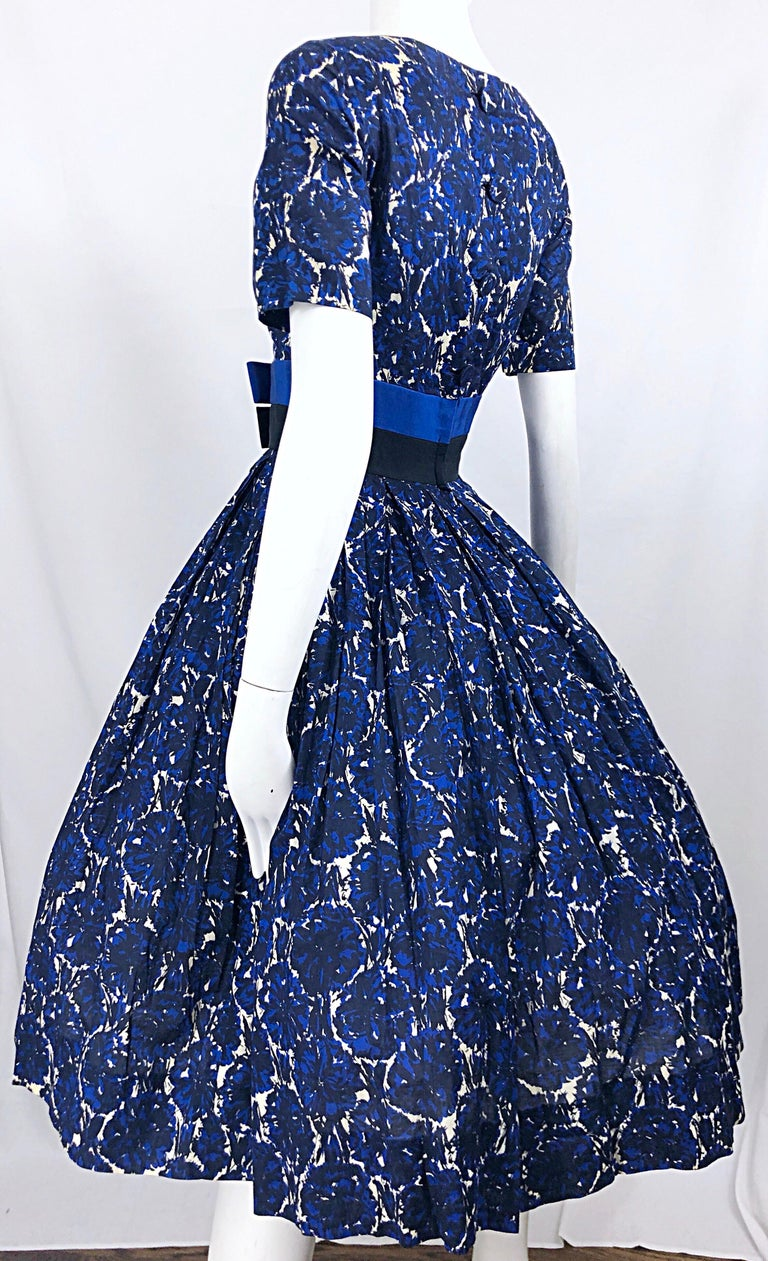 1950s Bonwit Teller Demi Couture Blue Abstract Floral Fit n' Flare Vintage Dress For Sale 7